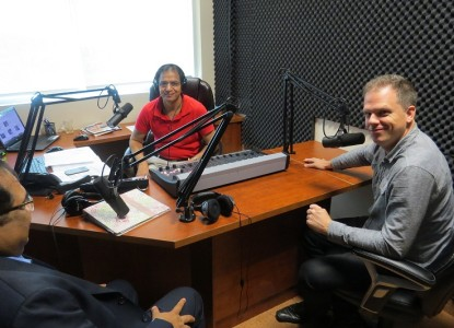 Mark Holland in Parvasi Radio